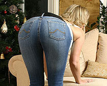 Slap ass in jeans