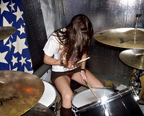 Drum player up skirt voyeured