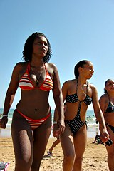 0850-black-girl-on-hot-bikini-pics