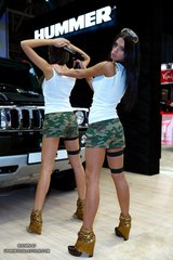0063 Kat and Lika khaki pistols and cars