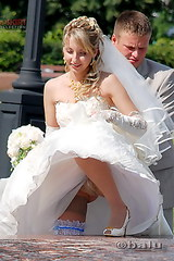 2173 Hot upskirts from the wedding