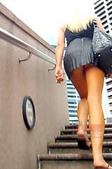 2463 Follow girl and spy upskirt