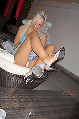 mix upskirt hq0285 Some raunchy dancing upskirts